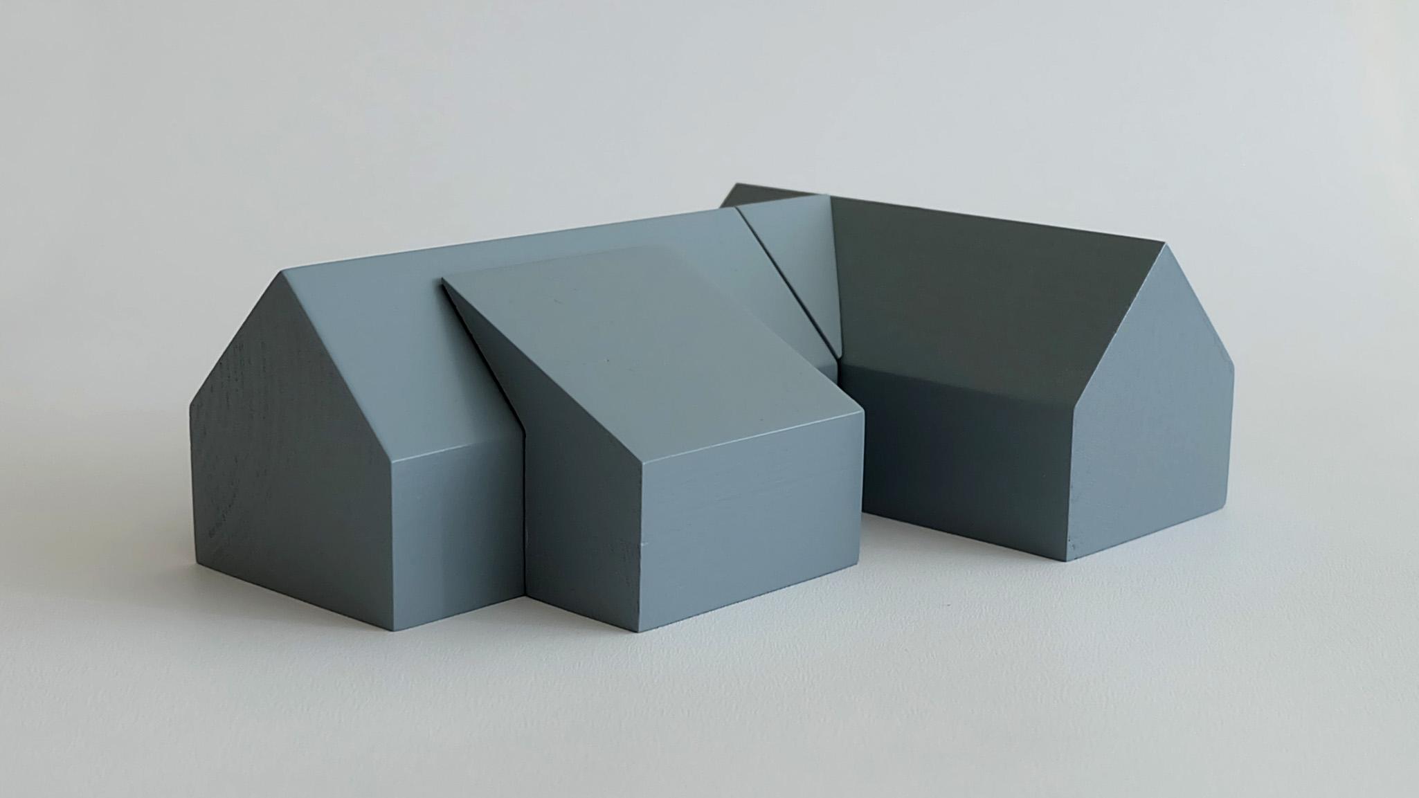 L34:  L32 + mono-pitch roof porch