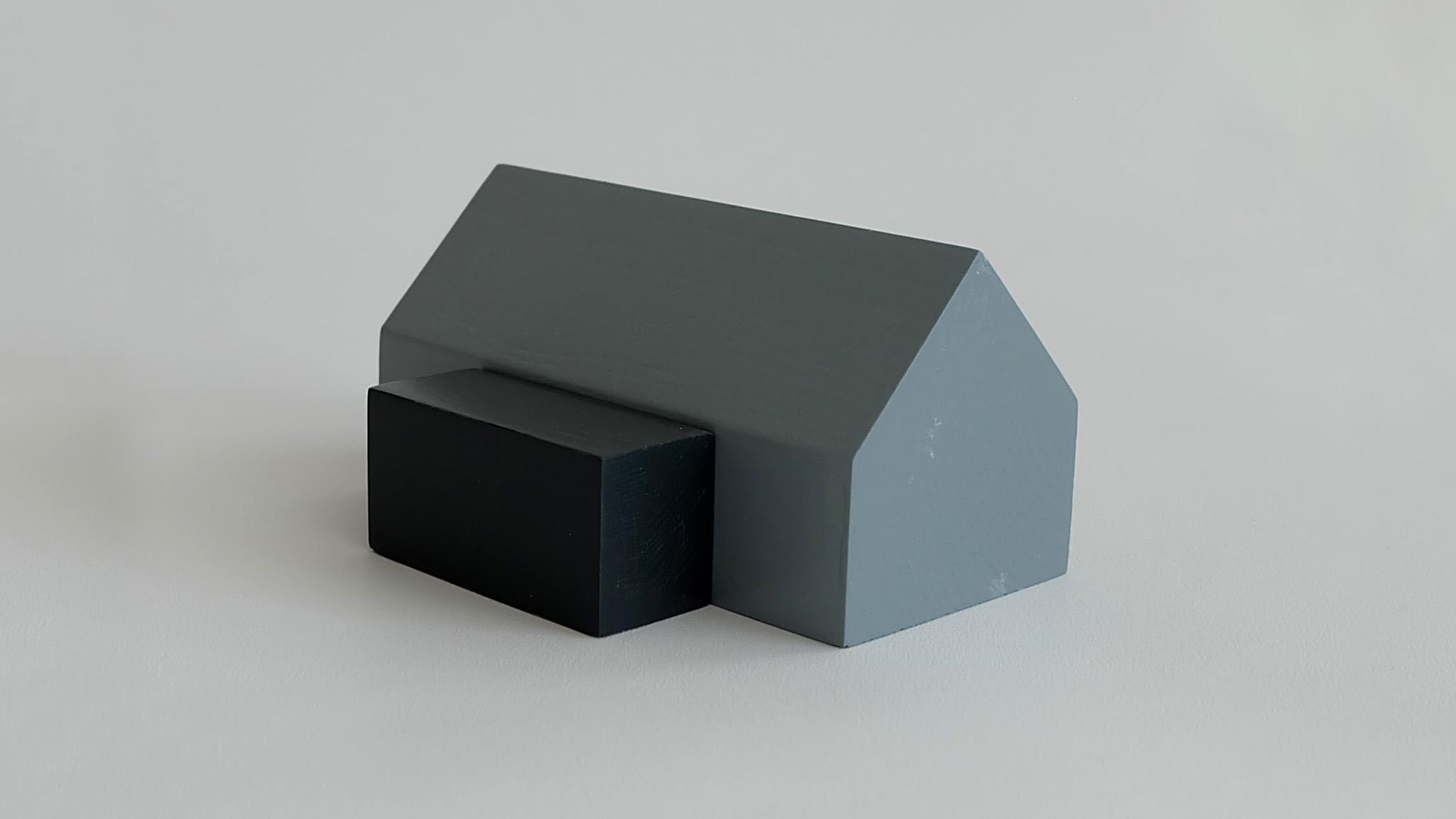 L10:  L09 + flat roof porch